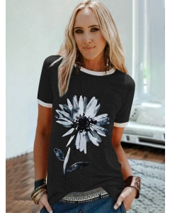 Dresswel Women Floral Printed White-trimmed T-shirt Tops