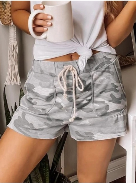 Dresswel Women Camouflage Printed Elastic Shorts with Waistband and Pockets Shorts